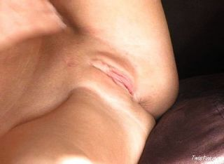 Shawna Plays With Her Pussy