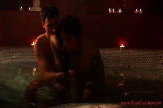 Fellatio And Sex In The Hot Tub