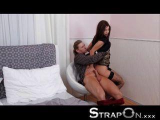 Strapon - Rachel Evans Pegging Her Boyfriend
