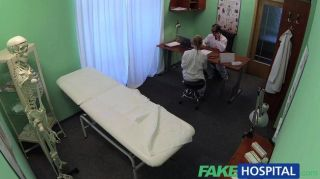 Fakehospital Medical Student Shows Off