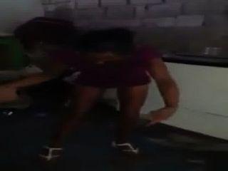 Dominicana Polvo Rapido Singando