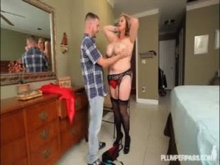 Tight body anal milf kimmie moore