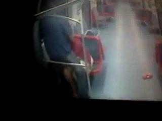Sexo Escondido No Metro - Whatsporn.net