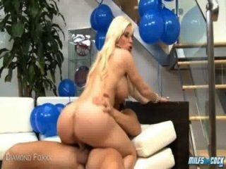 Blonde Milf Diamond Foxxx Take Cock