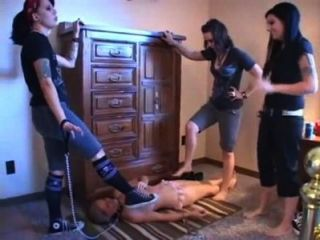 Girls Trample Girl