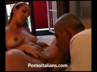 Studentessa Italiana Scopata Da Vecchio Porco - Teen Italian Blowjob Hot
