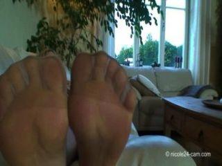 High Heels Madam Nicole - Sniffing Extreme 2