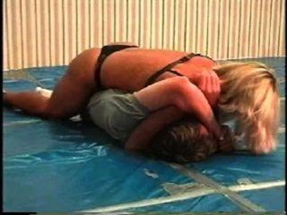 Flamingo Mixed Wrestling Mw066 - Jill Vs Brett Part1