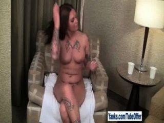 Offer Bella Brookes 1 Hd 6mins
