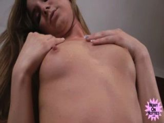 Daisy Hot - Solo Fro Heavyonhotties