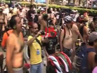 Ciclista Desnudos En La Ciudad Mexico 2011