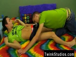 Gay Video Jacobey London Enjoys To Keep His Hook-ups Interesting, So