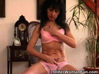 hairy mature moms Saggy
