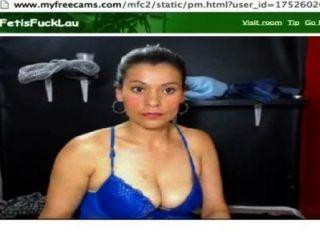 image Mujer gendarme doldado colombiana la mama muy bien