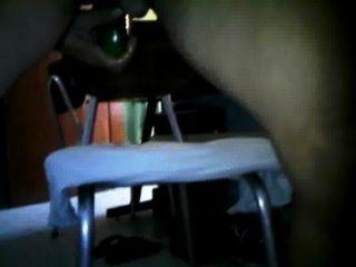 Flaca colombiana juega con su enorme conjo y ojo de culo - 3 part 2