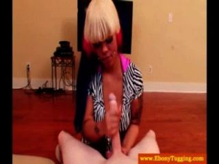 Alt Black Ebony Gives Handjob