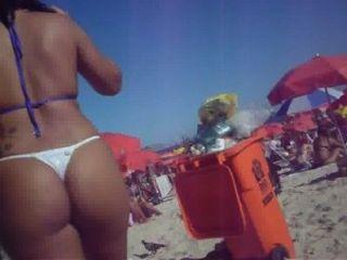 Bunda Na Praia  2