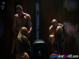 Two Babes Fucked In 4sum