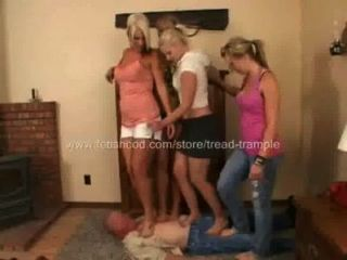 4 Girls Trample Tread