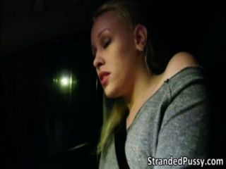 Hot Babe Lola Gets Fucked By The Stranger In The Backseat Of The Car