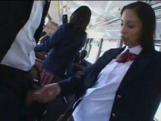 Sexo En Bus Con Colegiala