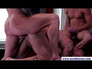 Amateur Muscled Jocks In Kinky Threeway