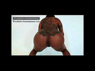 Secret Money Twerking Naked