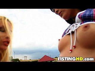 Fisting Babes Ellison & Nella