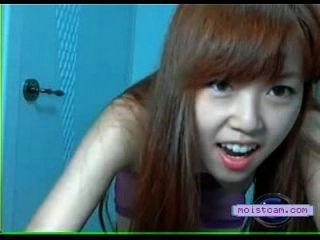 [moistcam.com] Asian Cutie Strips! [free Xxx Cam]