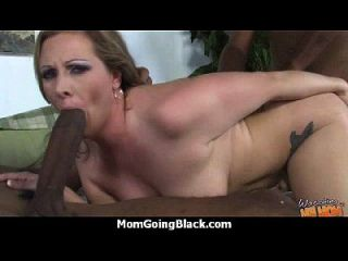 Hot Mom Receive A Huge Black Dick Porn Video 6