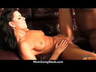 I Caught Mom Cheating On Daddy! 17