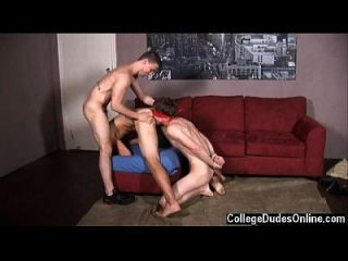 Hot Twink Aaron James And Tommy Defendi Give The Pledge A Thorough