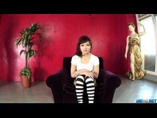 Amateur Ami Nagasaku Provides Warm Blowjob