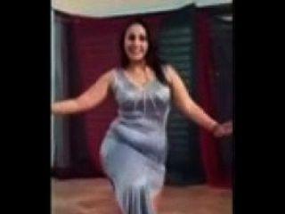 رقص منازل بقمصان النوم - رقص منازل فاحش - رقص منازل ممنوع 2015 - رقص زي صافيناز - Youtube.mp4
