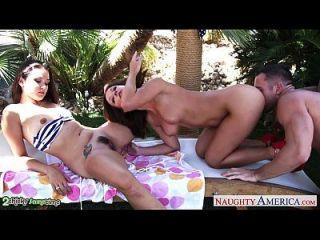 Sexy Cuties Allie Haze And Jada Stevens Fucking In Threesome