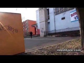 Amateur Girl Hides Behind A Wall To Take A Pee