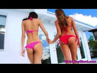 Young Lesbian Teens Scissor And Oral