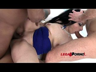 Big Butt Slut Alex Black Fucked By 3 Guys With Dp & Pee Sz781
