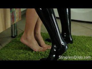 Free Strapless Dildo Clips On Straplessdildo.hugescock.com