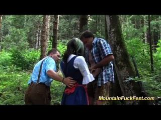 Mountain Threesome With Black Skinny