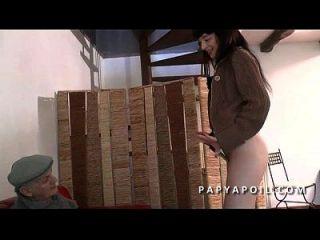 Lanovice une jeune brunette francaise se fait enculer - 2 part 9
