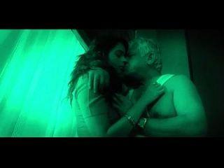 Hot Indian Babe Seduces Old Man