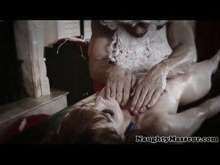 Police Babe Gia Dimarco Hardcore Massage
