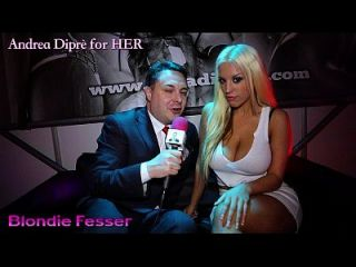 Hot Twerking Of Blondie Fesser On Andrea Diprè