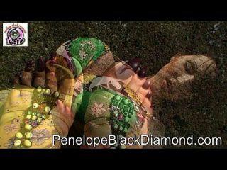 Penelope Black Diamond Outdoor-anal-blowjob Preview