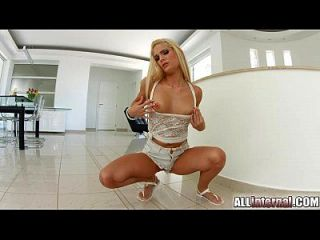 Allinternal Stunning Blonde Shows Off Her Messy Creampie