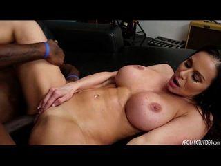 Milf Kendra Lust Fucking Huge Black Dick