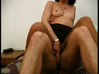 Italian Milf Stoking Dirty Talking Hairy Troia Anal Culo