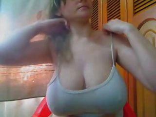 Amateur big boobs nipples