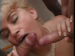 Blonde Rondelette Gros Seins Bas Noir Anal-french Amateur